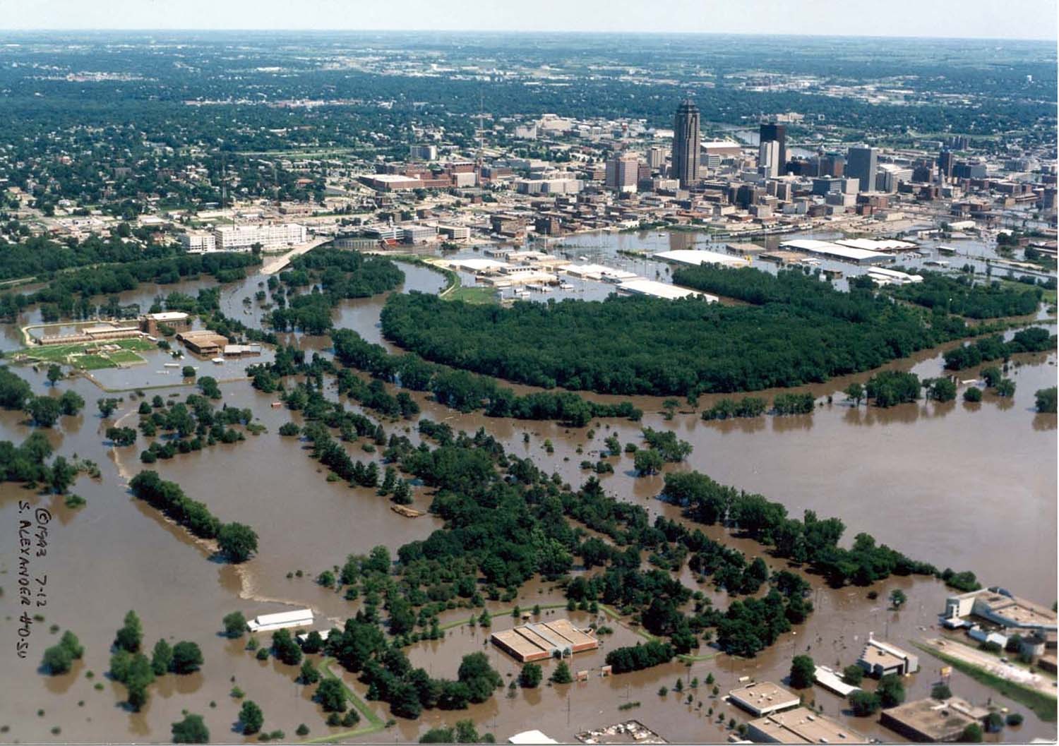 a history of the 1993 flood in the united states (noaa image of iowa levee from the great flood of 1993) by the time  most costly and devastating flood to ravage the united states in modern history.